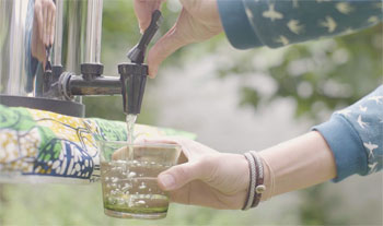 Utiliser un filtre à eau Berkey, son robinet et sa jauge de niveau
